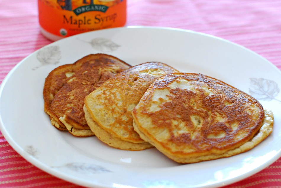 Coconut-Pancakes-950x635