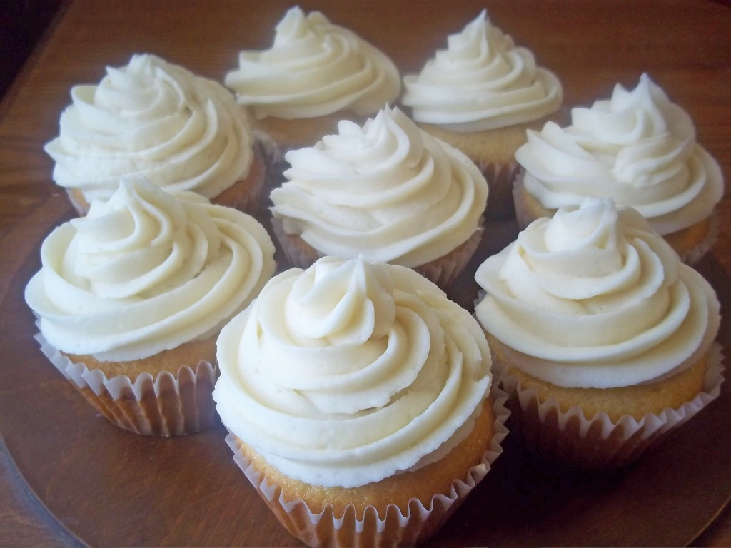 Healthy Vanilla Cupcakes From Scratch | Natural Chow | http://naturalchow.com