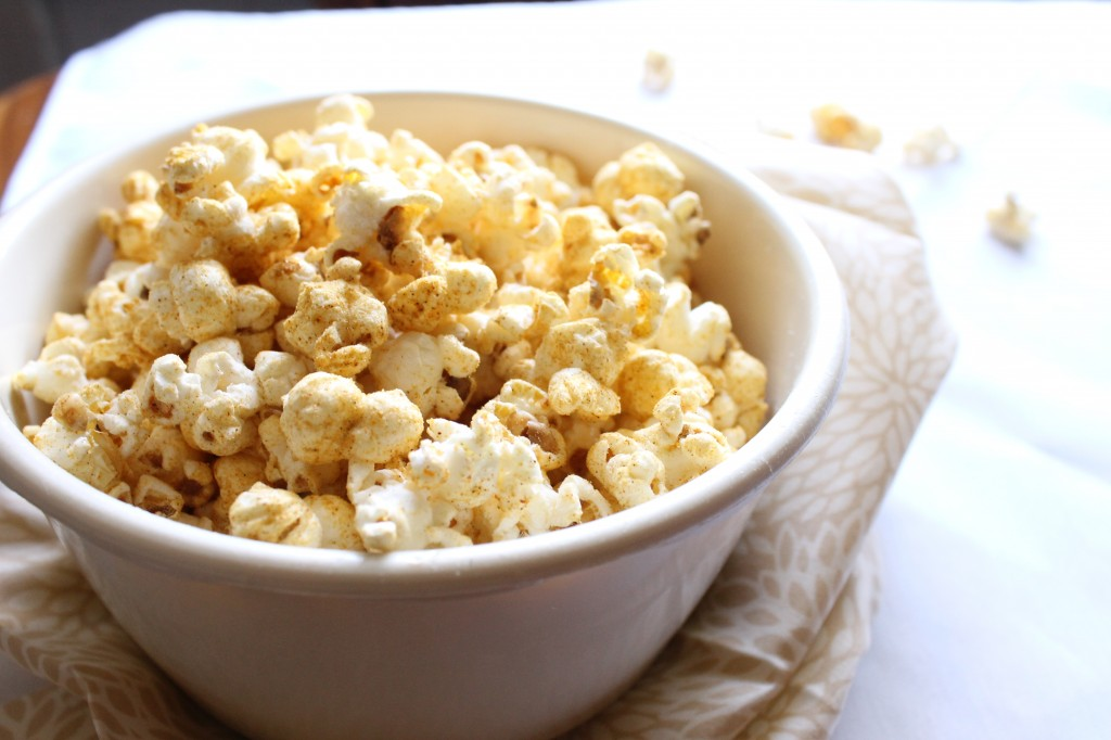 Healthy Dorito Flavored Popcorn | Natural Chow | http://naturalchow.com