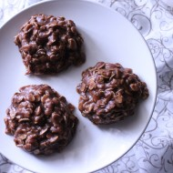 No-Bake Chocolate Peanut Butter Oatmeal Cookies {Gluten-Free}