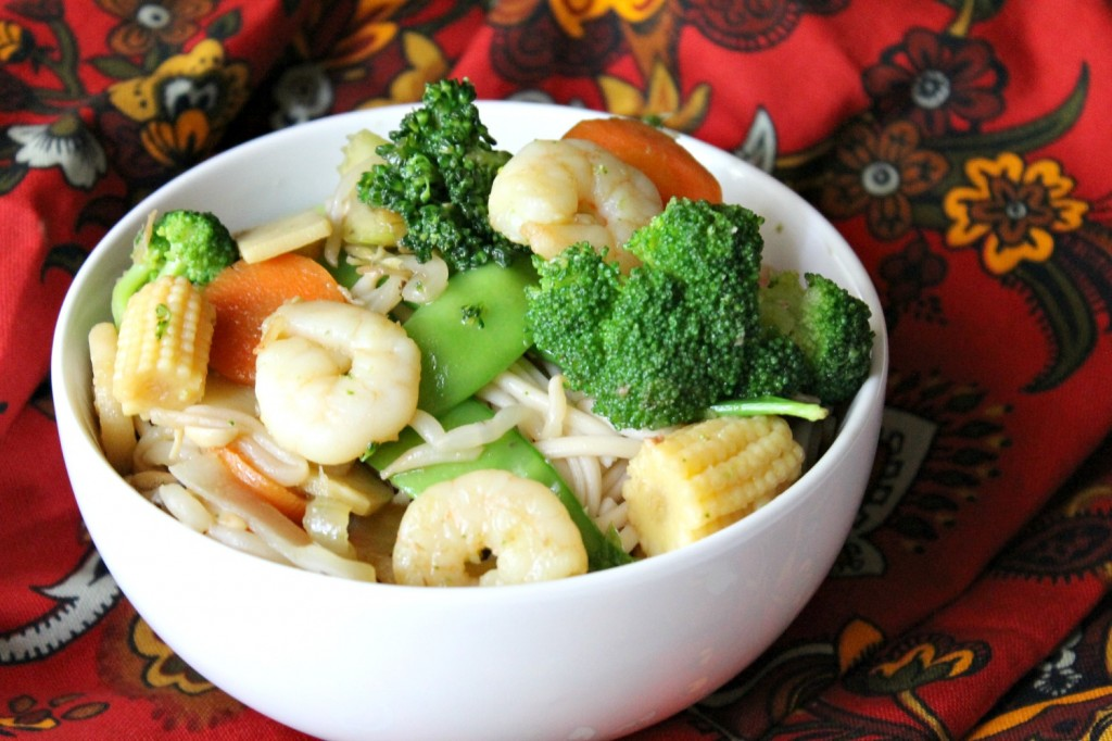 Asian Shrimp Stir Fry | Natural Chow | http://naturalchow.com