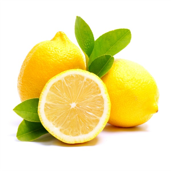 10 Uses for Lemon Essential Oil | Natural Chow | http://naturalchow.com