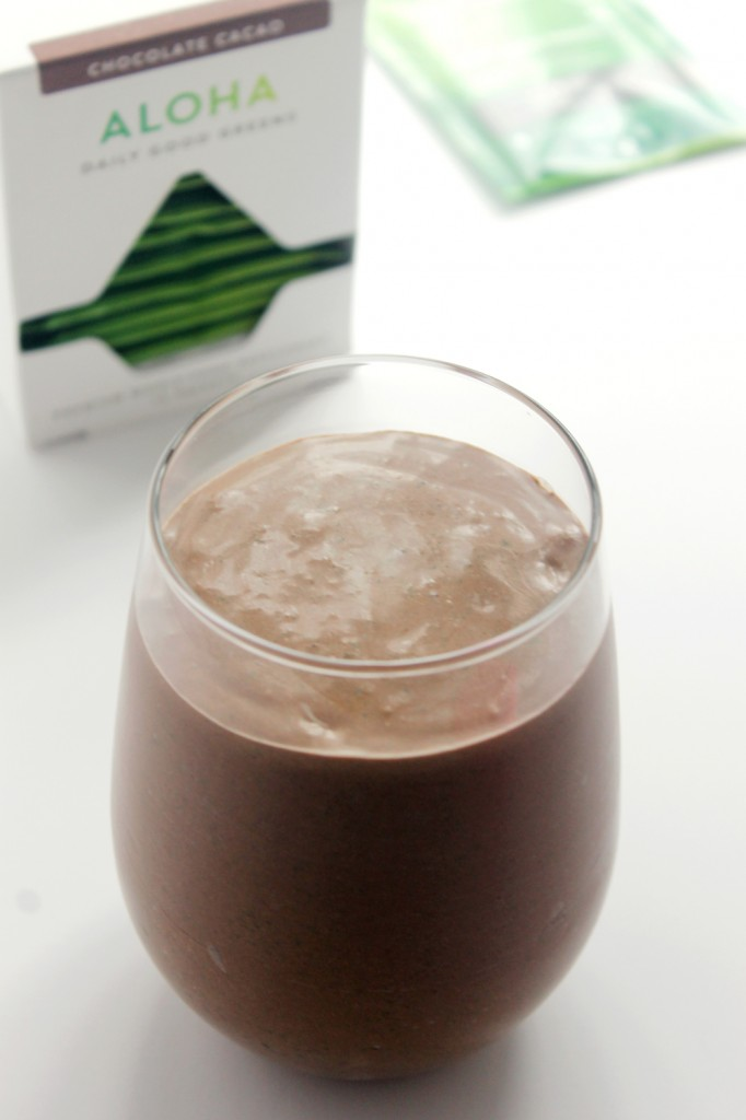 chocolate-banana-superfood-smoothie-3